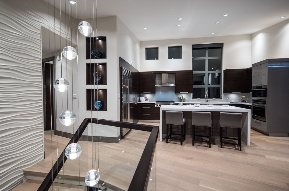 Inspiration for a contemporary kitchen remodel in Vancouver