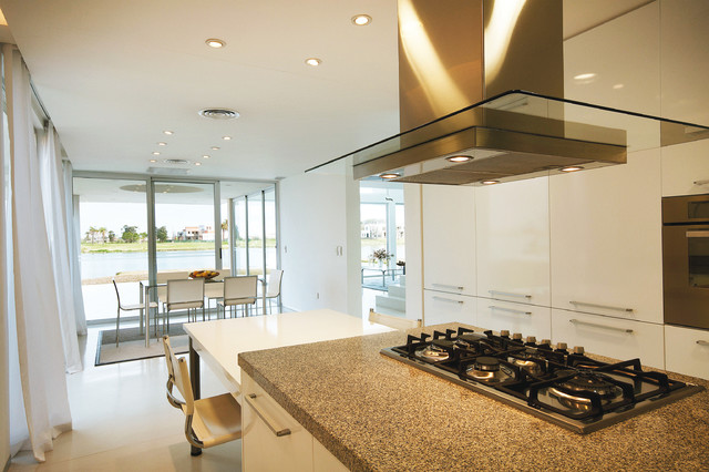 contemporary kitchen by Vanguarda Architects