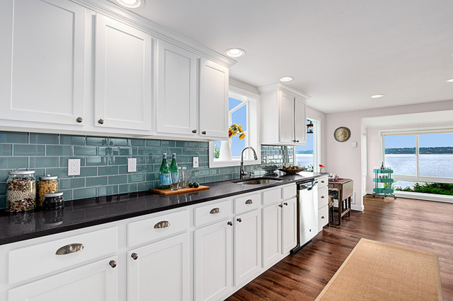 Vashon Island - Remodel - Beach Style - Kitchen - seattle - by Parr Cabinet Design Center - Tukwila