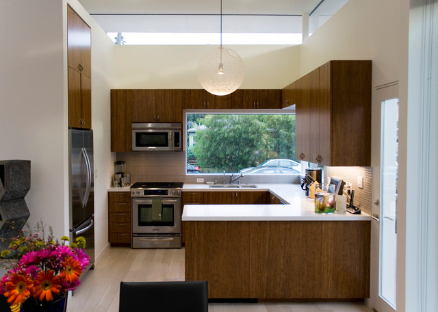 Modern Kitchen by TPA Architecture, Inc.
