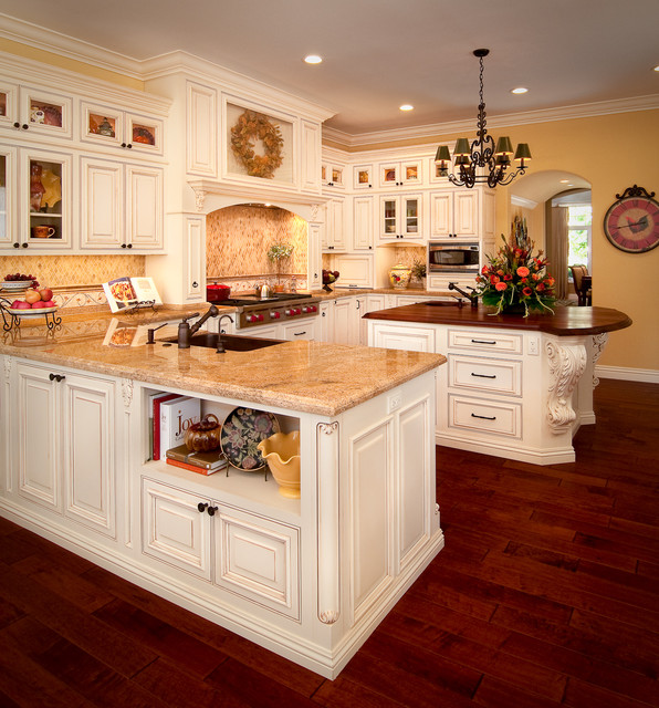 Ventura Kitchen traditional-kitchen