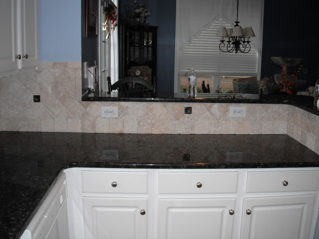 Verde Butterfly Granite with White Kitchen Cabinets1 4 12 ...