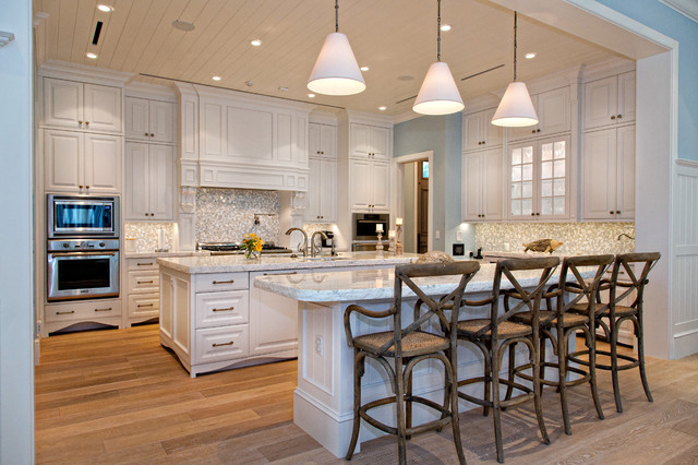 Vero Beach Traditional Kitchen