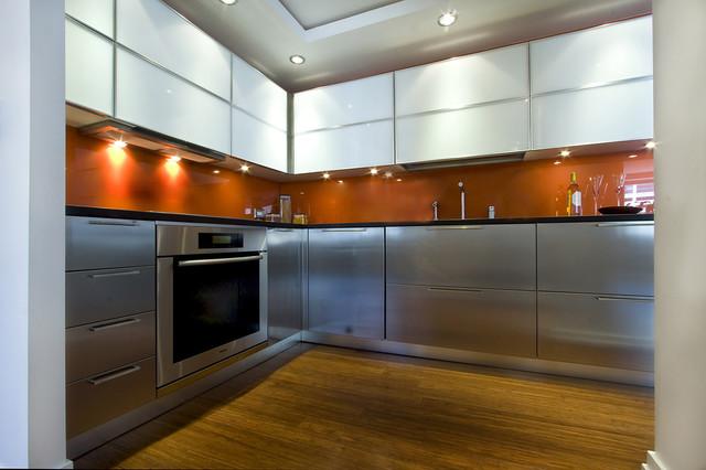 Modern Kitchen by John Kelly Architects contemporary-kitchen