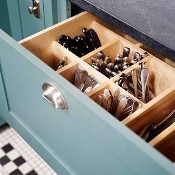 Vertical Silverware Storage Idea Traditional Kitchen
