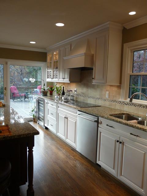 Vestavia Remodel- CASE Remodeling BHAM traditional-kitchen
