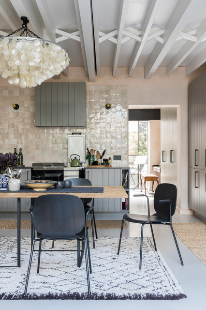 Houzz Tour: A Converted Victorian Dairy With a Magical Courtyard
