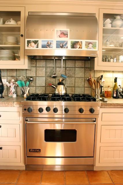 Viking Stove traditional-kitchen