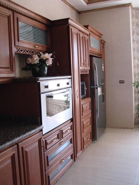Villa 153 traditional-kitchen
