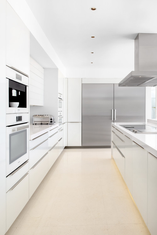Beautiful kitchen designs for every personality- minimalist. Avenue Laurel.