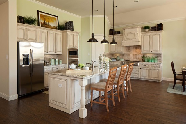 Villas of Colleyville - Traditional - Kitchen - dallas ...