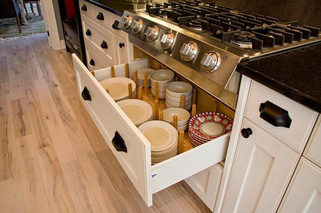 Vintage Artisan Kitchen traditional-kitchen
