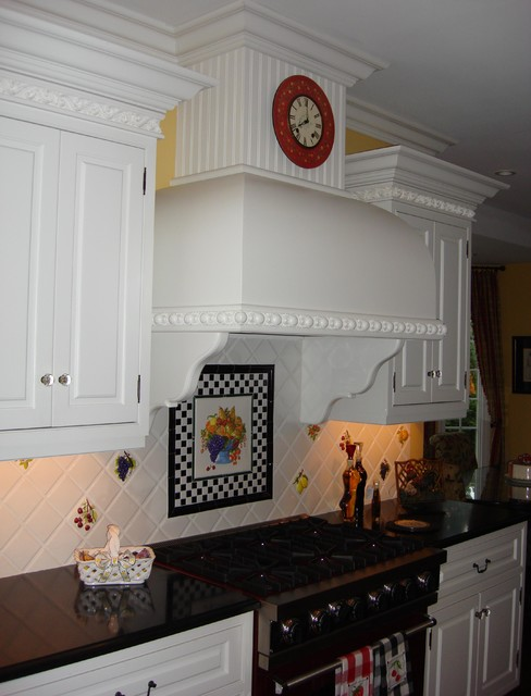 Vintage Inspired traditional-kitchen