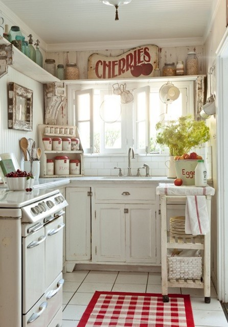Vintage-Inspired Inglewood Cottage - eclectic - kitchen - los