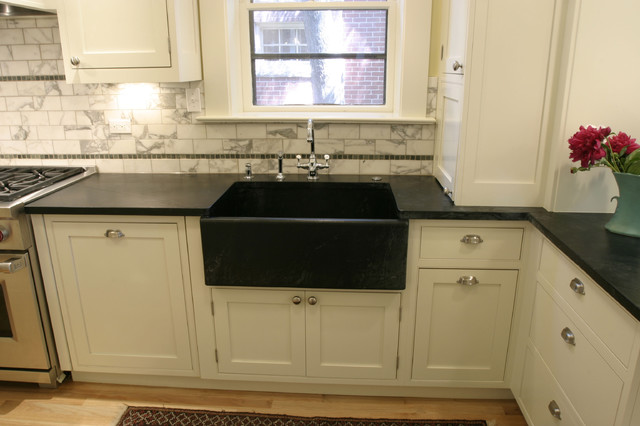Vintage Kitchen Design With Farmhouse Sink Traditional Kitchen Denver