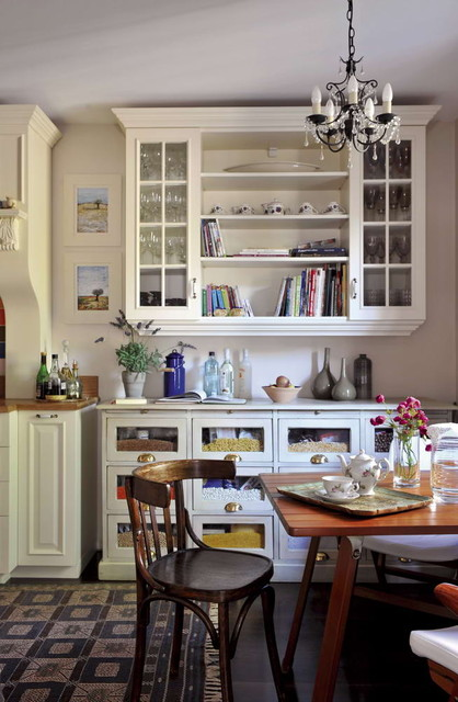 vintage,old style eclectic kitchen