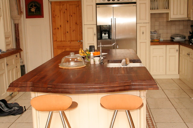 Vintage Style Kitchen In Dublin Ireland By Traditional Kitchen Dublin