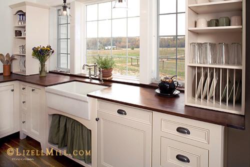 Vintage Unfitted Freestanding White Kitchen Traditional Kitchen Philade