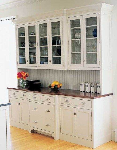 Vintage unfitted kitchen design for Antique free standing kitchen cabinets