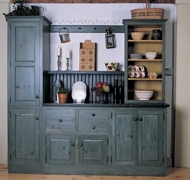 Traditional Kitchen Design Gallery: Vintage Unfitted Kitchen Design