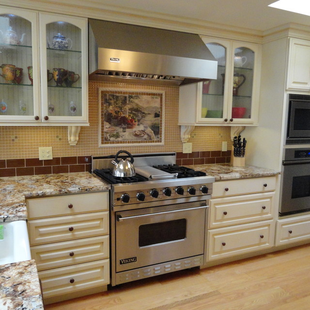 houzz kitchen backsplash ideas w kitchen tile amp backsplash ideas traditional kitchen 18573