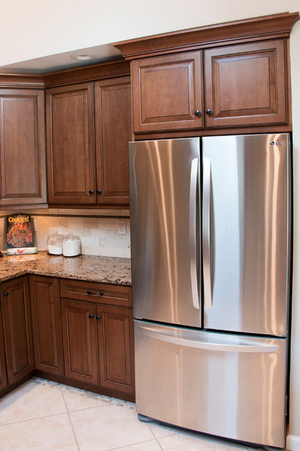 WADING RIVER KITCHEN AFTER traditional-kitchen