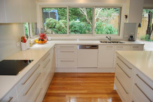Wahroonga kitchen renovation sydney 2076 modern for Kitchen remodelling sydney