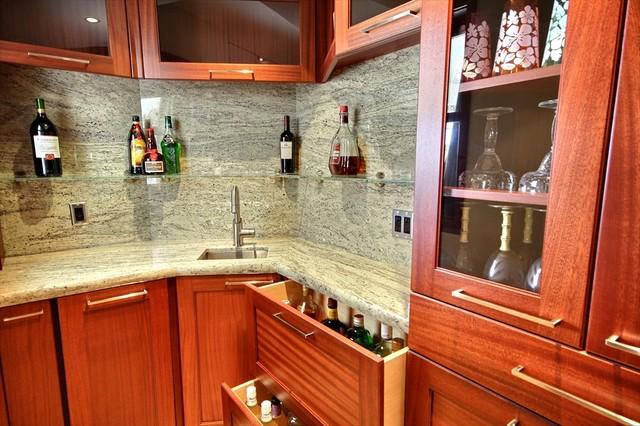 Wailea Wet Bar tropical-kitchen