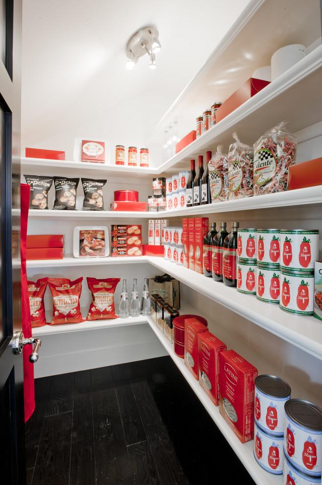 Kitchen - transitional kitchen idea in Orange County