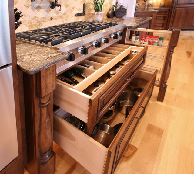 Walker Woodworking Custom Cabinets - Traditional - Kitchen - Charlotte - by Walker Woodworking