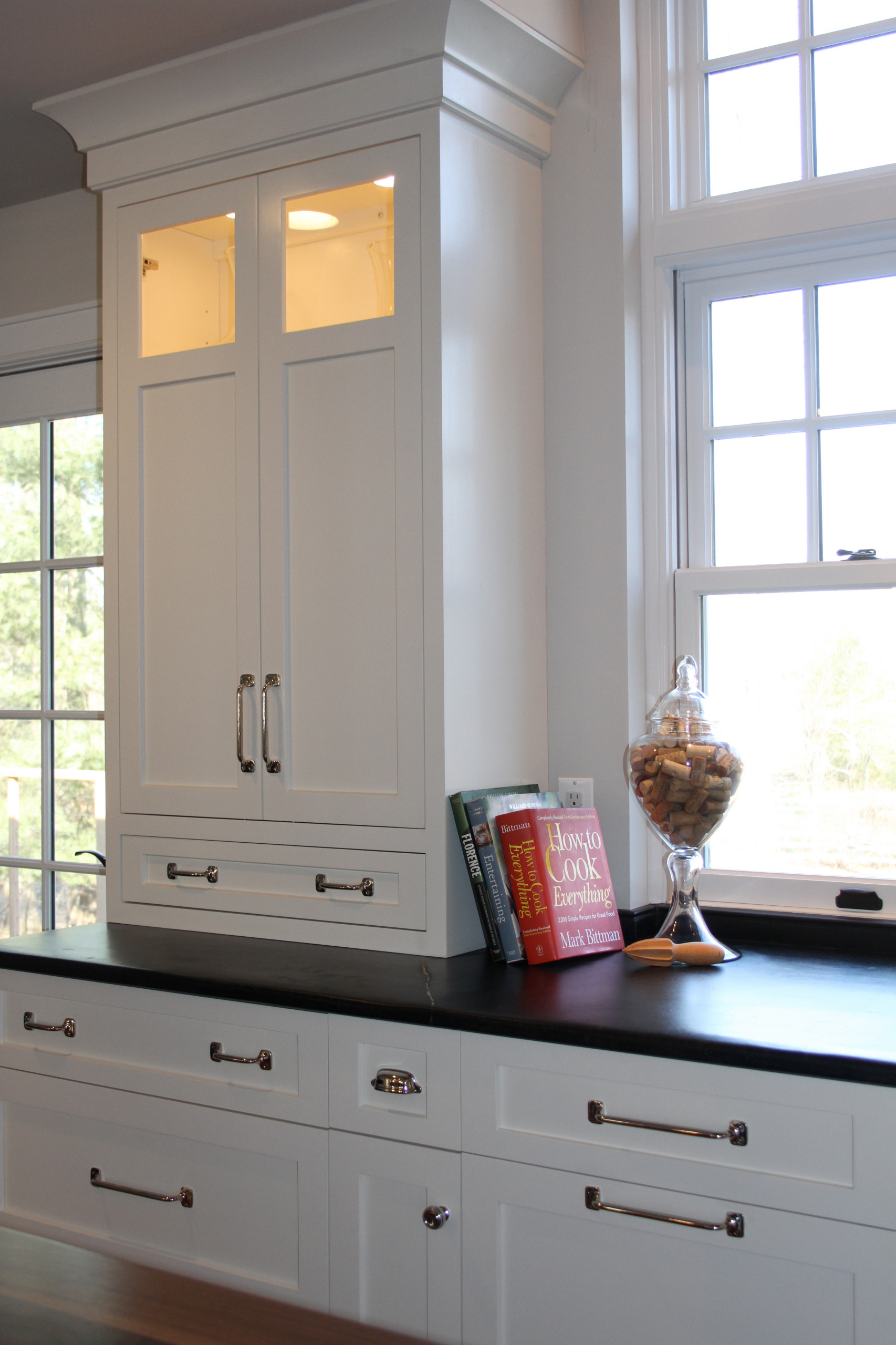 Wall Cabinet on Countertop