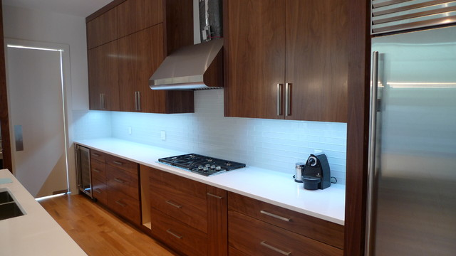 Contemporary kitchen calgary by moda kitchens amp cabinets inc