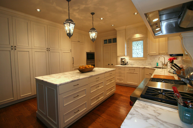River Ridge 3 - traditional traditional-kitchen