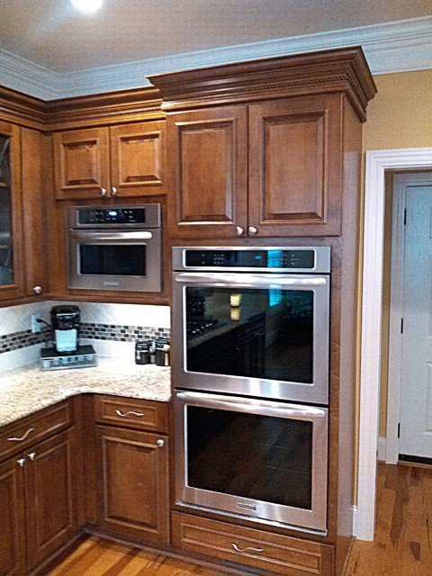 www kitchen cabinets com wall oven and built in microwave traditional kitchen 29505
