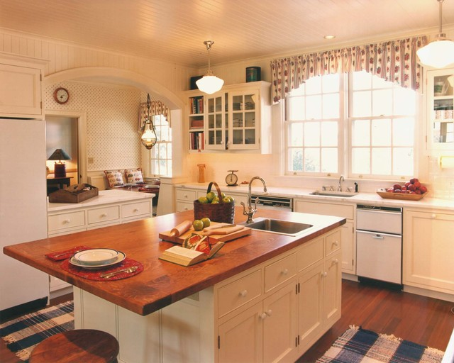 Walnut Hill Ranch traditional-kitchen