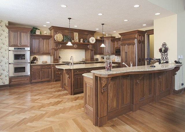 walnut kitchen - traditional - kitchen - columbus -schlabach