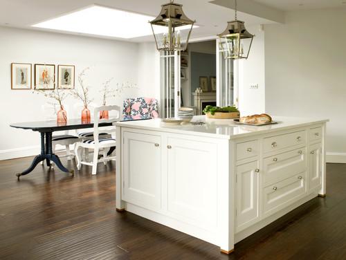 Wandsworth Bespoke White Traditional Kitchen