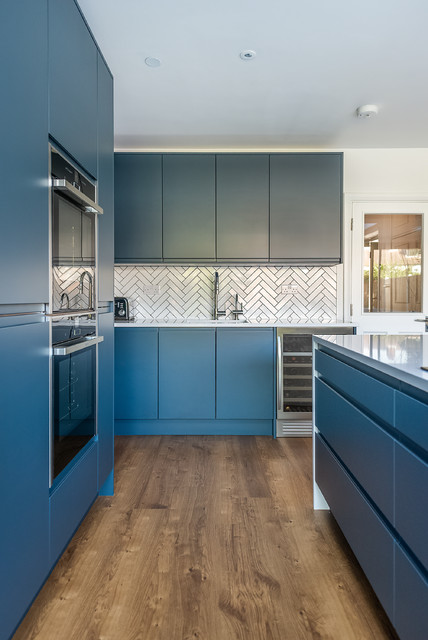 7 Reasons Why Handleless Kitchen Cabinets Are A Must Have