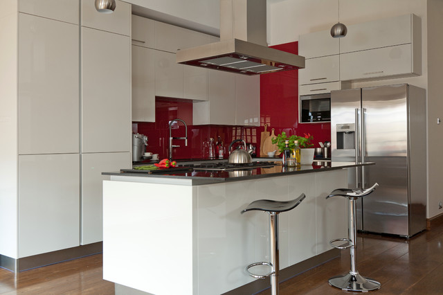 Wapping bespoke kitchen design contemporary kitchen sussex by jones britain kitchens Bespoke contemporary kitchen design