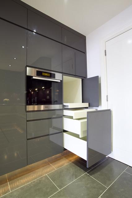 Wapping E1W: City Pied à Terre contemporary-kitchen