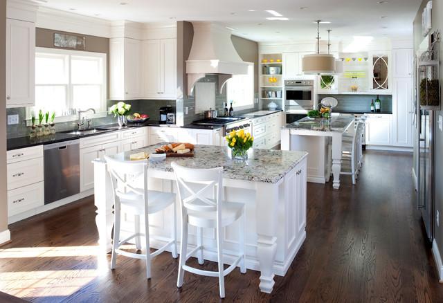 warm inviting traditional kitchen. Black Bedroom Furniture Sets. Home Design Ideas
