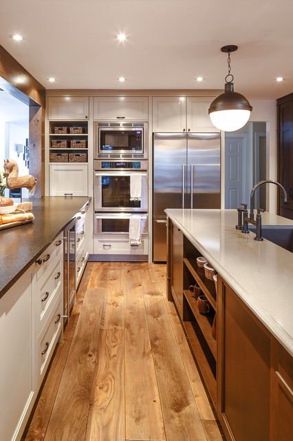 Warm brown toned traditional kitchen astro design for Kitchen ideas queensway