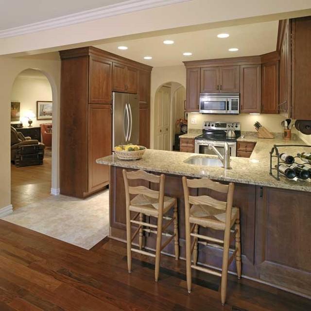 warm inviting kitchen contemporary kitchen detroit by dreammaker bath kitchen. Black Bedroom Furniture Sets. Home Design Ideas