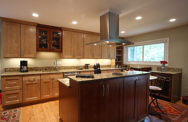 Warm Kitchen with Seating Nook traditional-kitchen