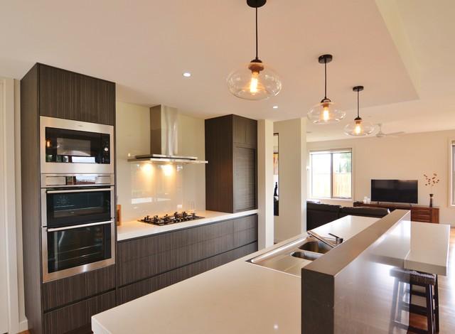 Warm Modern Kitchen Modern Kitchen Melbourne By Excellence In Design