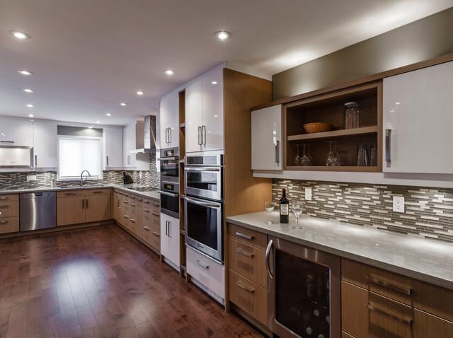 Warm Modern Kitchen Contemporary Kitchen Toronto By Kitchen Court