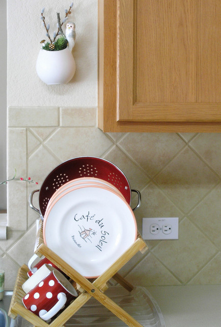 washing up eclectic-kitchen