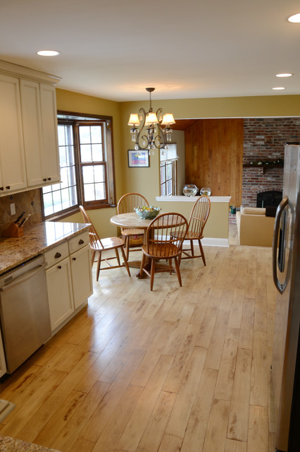 WASHINGTON CROSSING REMODEL 2 traditional-kitchen
