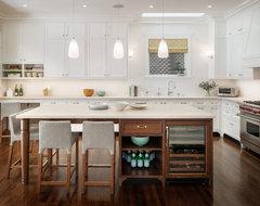 Light & Classic transitional-kitchen