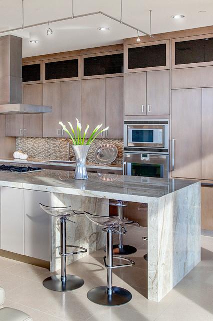 Kitchen Designers Houston: High-Rise Remodel
